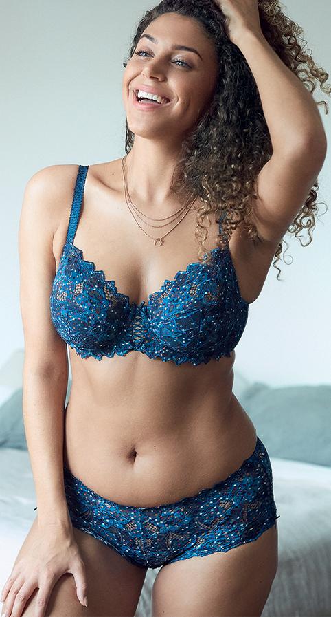 Parure lingerie poitrine généreuse dentelle imprimée bleu Arum Mosaïc